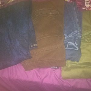 4 PAIRS OF JEGGINGS